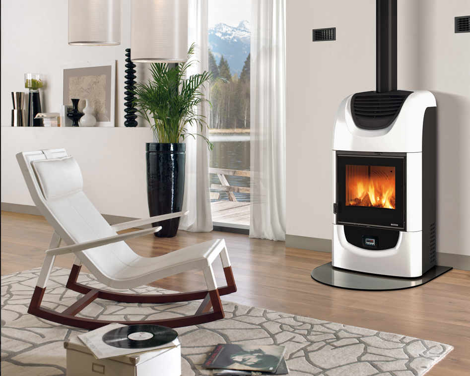 wood stove with air dcut system made by la nrodica
