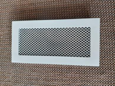 Бели метални решетки за камина с мрежа - по размер на клиента