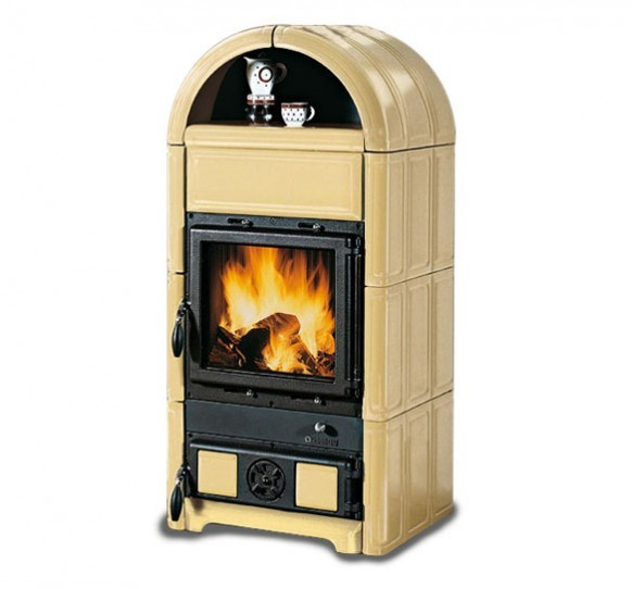LUNA - Wood burning stove with warming dish compartment made by La Nordica Italy